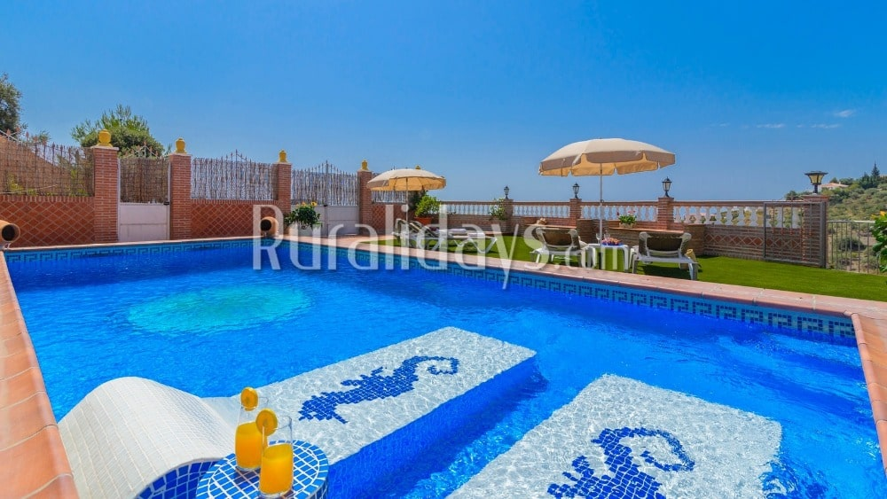 Villa with spectacular sea views in Torrox - MAL0410