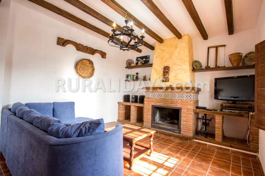 Las mejores casas rurales con chimenea de andaluc a - Casa rural almachar ...
