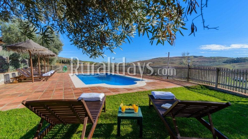 Casa rural con vistas que admite mascotas en Antequera - La Higuera - MAL0470
