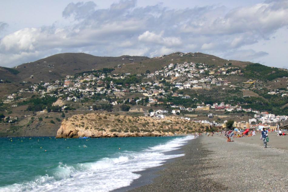 Peñón de Salobreña beach, in Granada