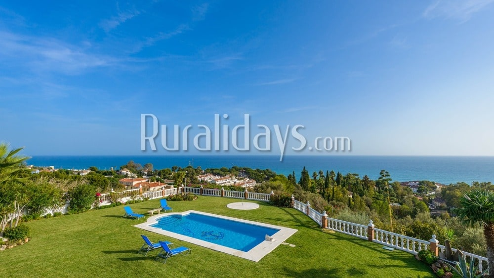 Holiday villa with sea views in Benalmádena - MAL1890