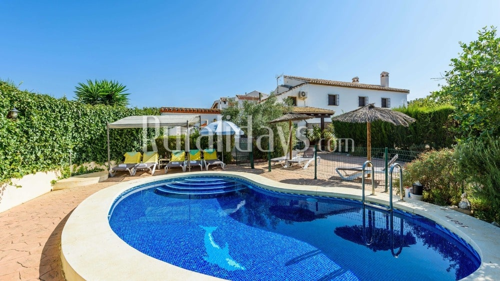 Villa mit Ausstattung, die Spaß garantiert in Villanueva de la Concepción (Malaga) - MAL0212