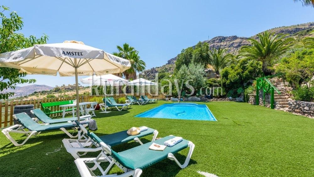 Wonderbaarlijk vakantiehuis met recreatievoorzieningen in Alora - MAL0649