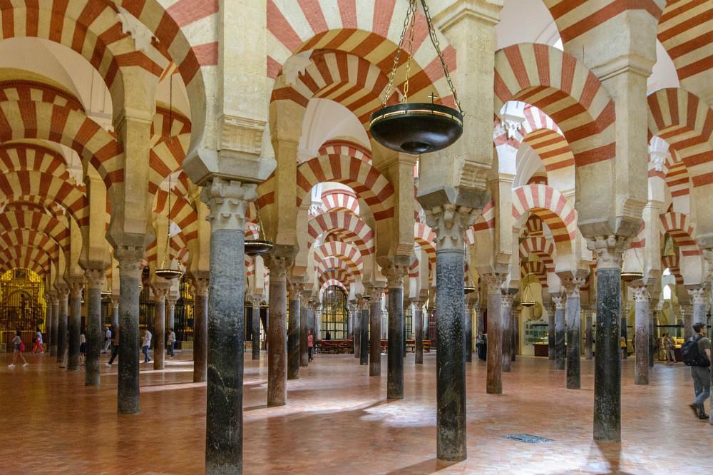 Architektur von der Moschee-Kathedrale von Cordoba