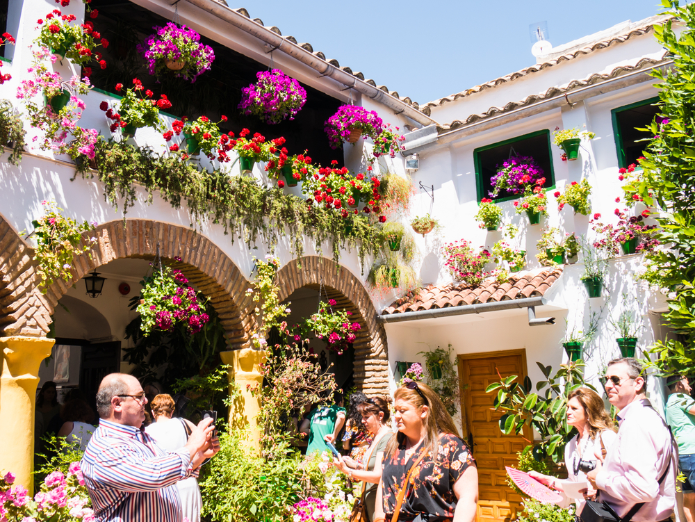 Patio abierto durante el concurso de Patios en Córdoba
