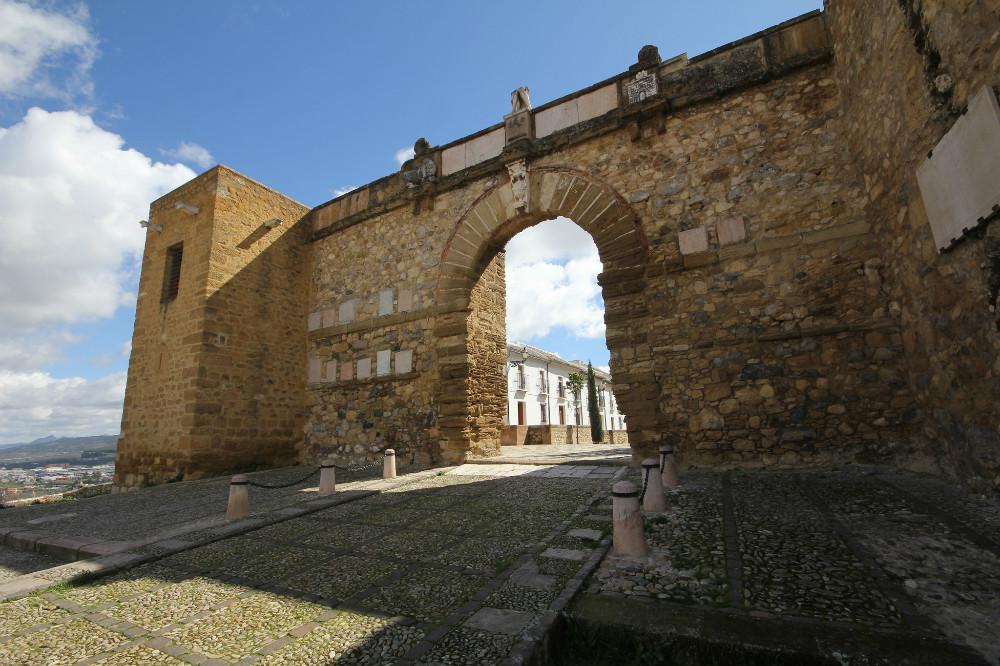 Arco de los Gigantes, en Antequera