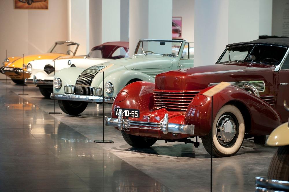 kostenlos Museum Automovilístico y de la Moda de Malaga