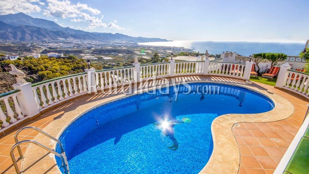 8 raisons pour louer une maison de vacances en andalousie. Black Bedroom Furniture Sets. Home Design Ideas