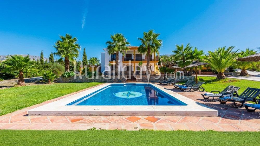 Ferienhaus mit tropischem Garten in La Viñuela - MAL1309