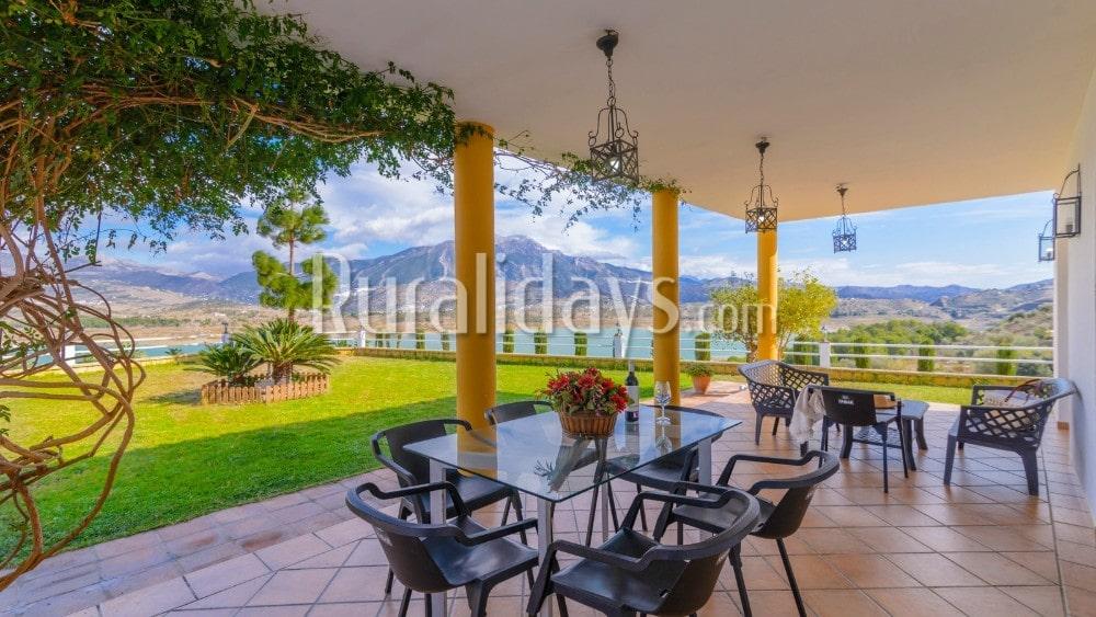Villa met indrukwekkende uitzichten in Viñuela - MAL0295