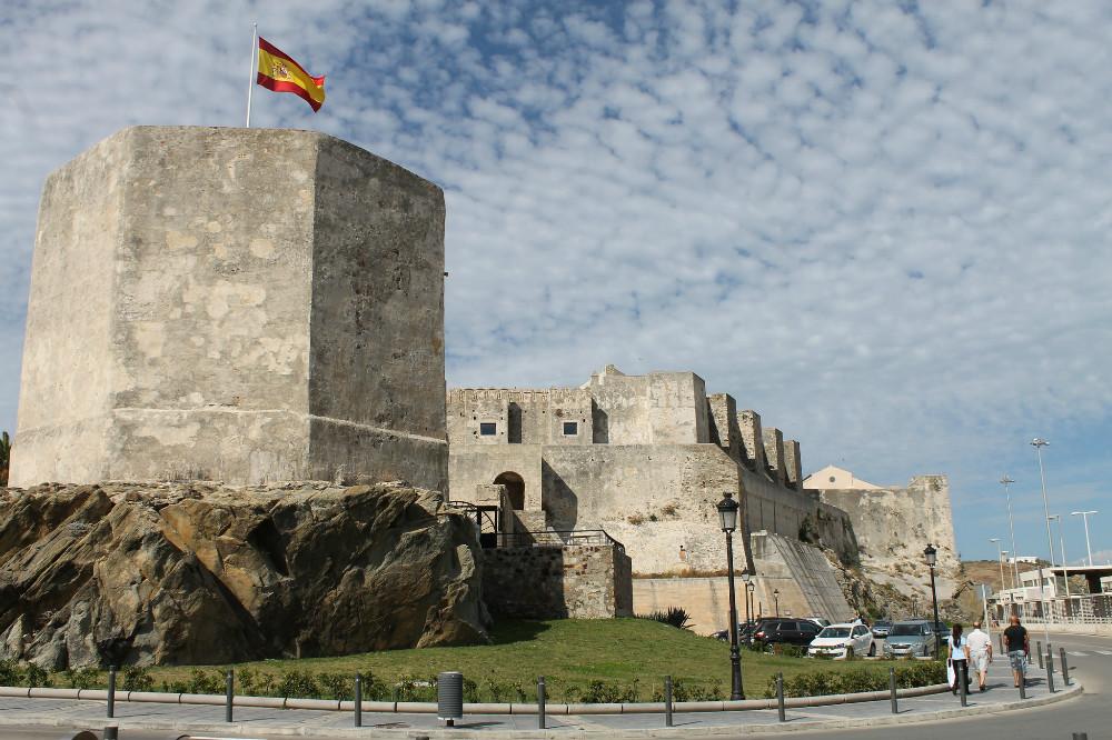 castillo de guzmán el bueno in tarifa
