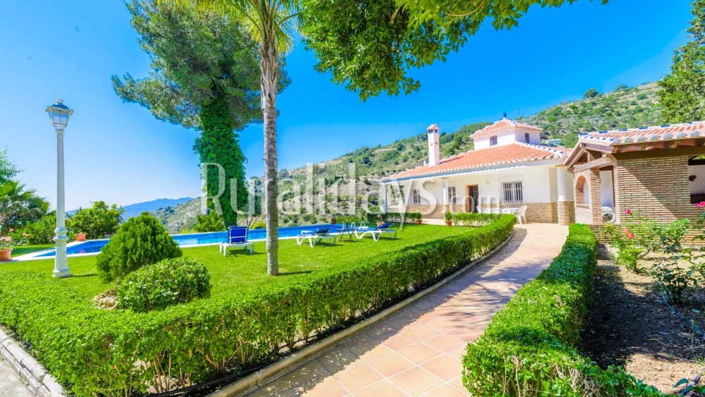 Villa with incredible views (Alozaina, Malaga)