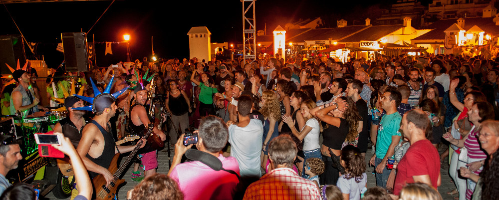 Tanzen bis zu Morgengrauen in Frigiliana