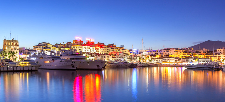 Luxury in marbella and puerto ban s is within striking for Puerto banus costa del sol