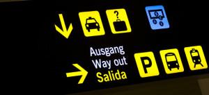 Wie kommt man vom Flughafen Malaga in die Stadt?