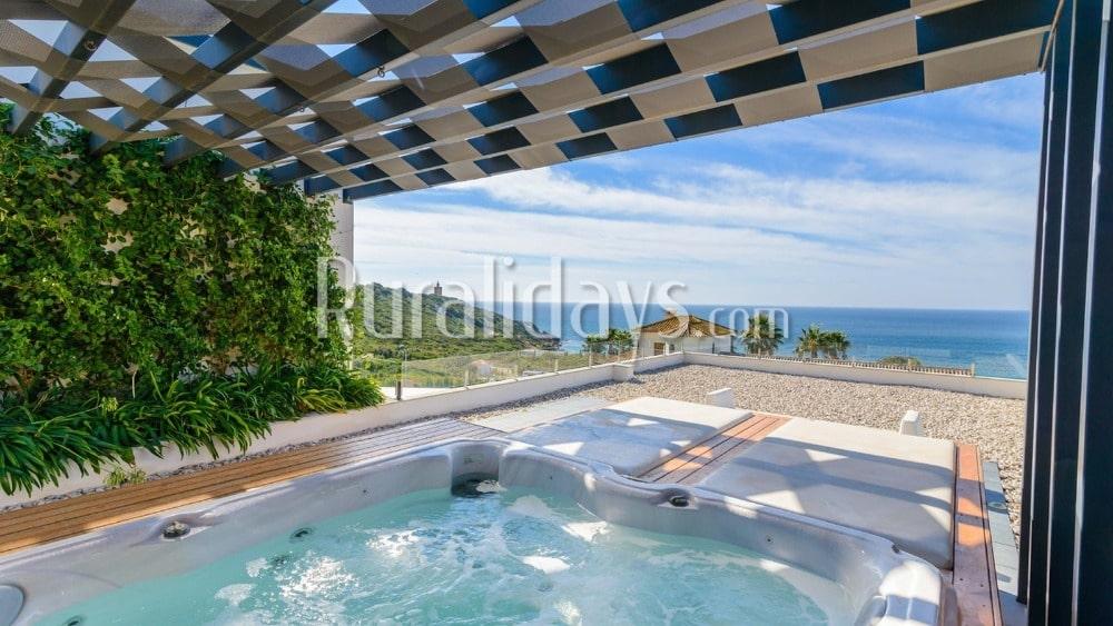 Luxe villa met betoverende uitzichten in Zahara de los Atunes - CAD2251