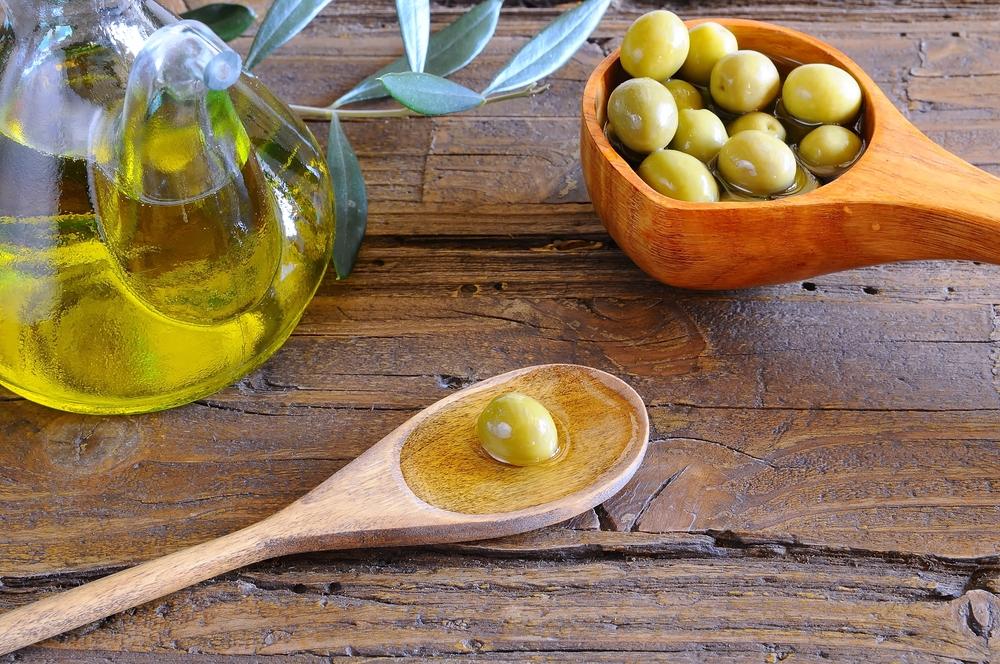 Olivenöl während des Festivals von Martos