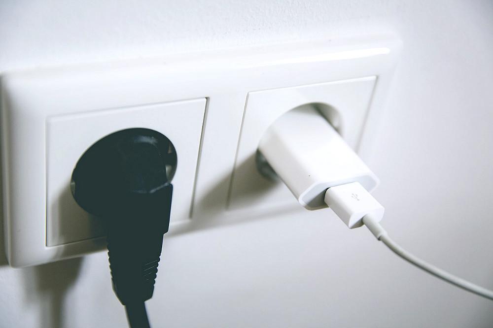 Spanish plugs