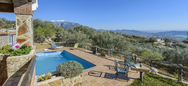top 10 budget holiday homes in andalucia