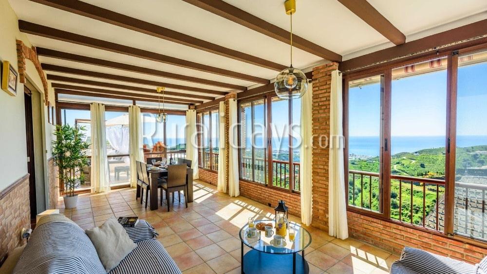 Gezellig vakantiehuis met prachtige panoramas in Torrox - MAL1287