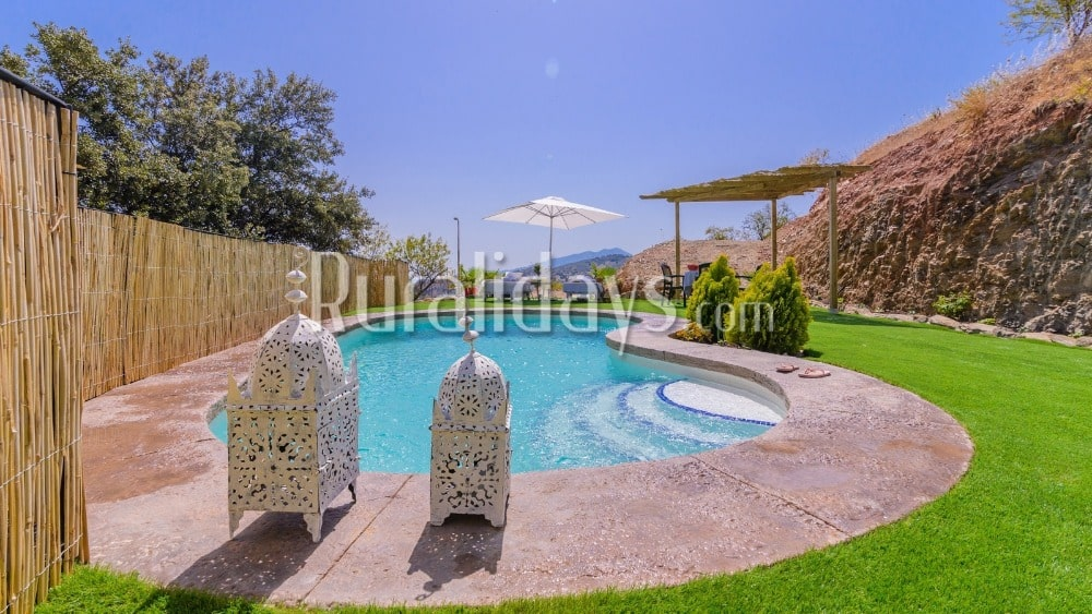 Typisch Andalusisch vakantiehuis in Guaro - MAL1048