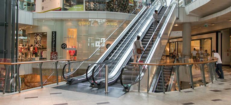 The best shopping centres in cadiz and costa de la luz for Centre commercial grand tour sainte eulalie