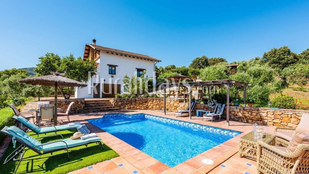 Villa andaluza con detalles rústicos en El Gastor - CAD1345