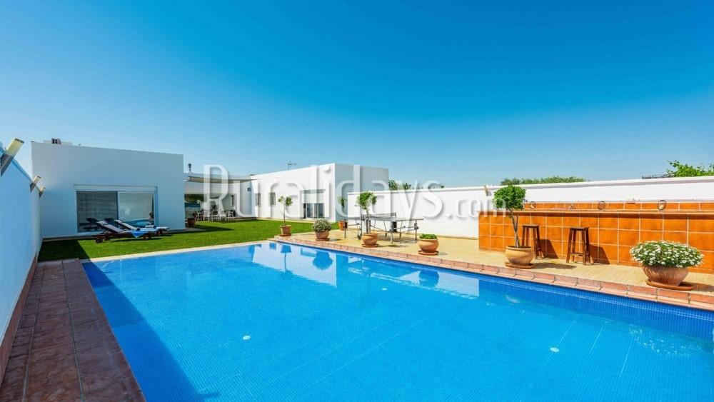 Villa de lujo ideal para grupos en Marchena - SEV2436