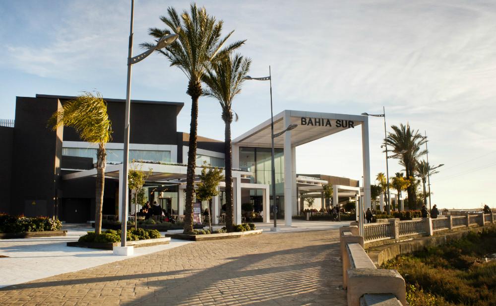 Centro comercial Bahía Sur en San Fernando