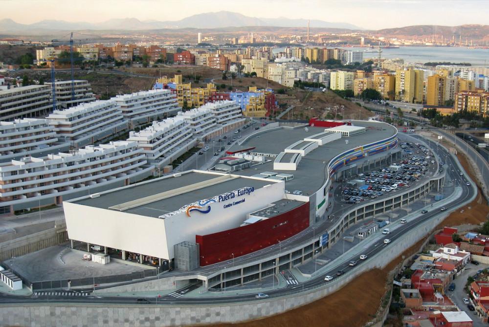 Centro comercial Puerta Europa en Algeciras