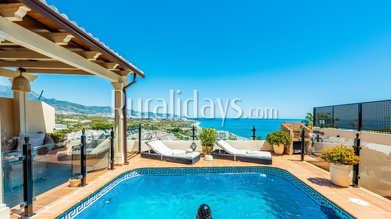 Splendide villa dans le centre de Nerja (Malaga) - MAL2575