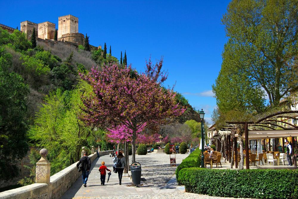 Wat te doen in Andalusië - Wandelen haar historisch centrum van Granada