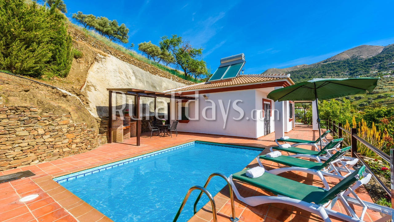 Top 10 meest charmante vakantiehuizen in malaga for Casas modernas junto al mar