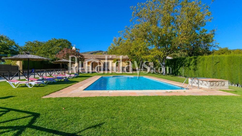 Rustieke villa met een prachtig exterieur in Ronda - MAL1701