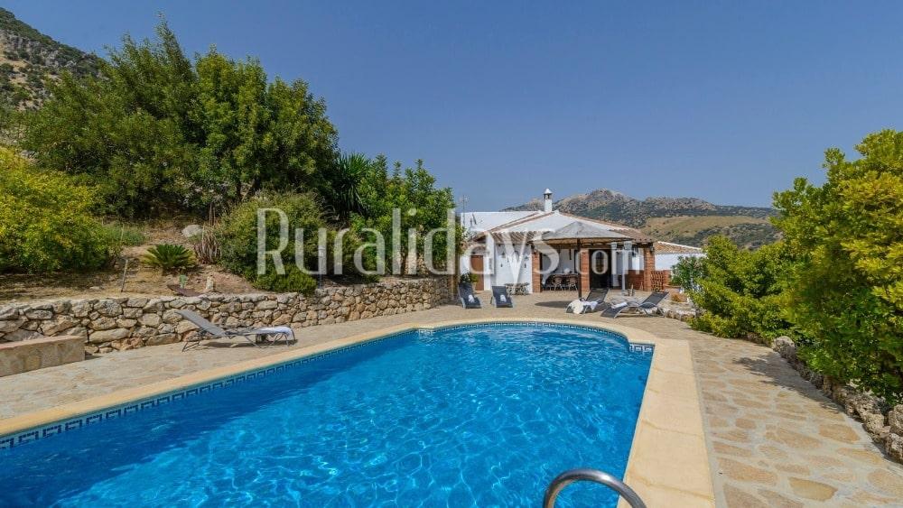 Villa decorada al estilo tradicional con vistas espectaculares en Ronda - MAL0580
