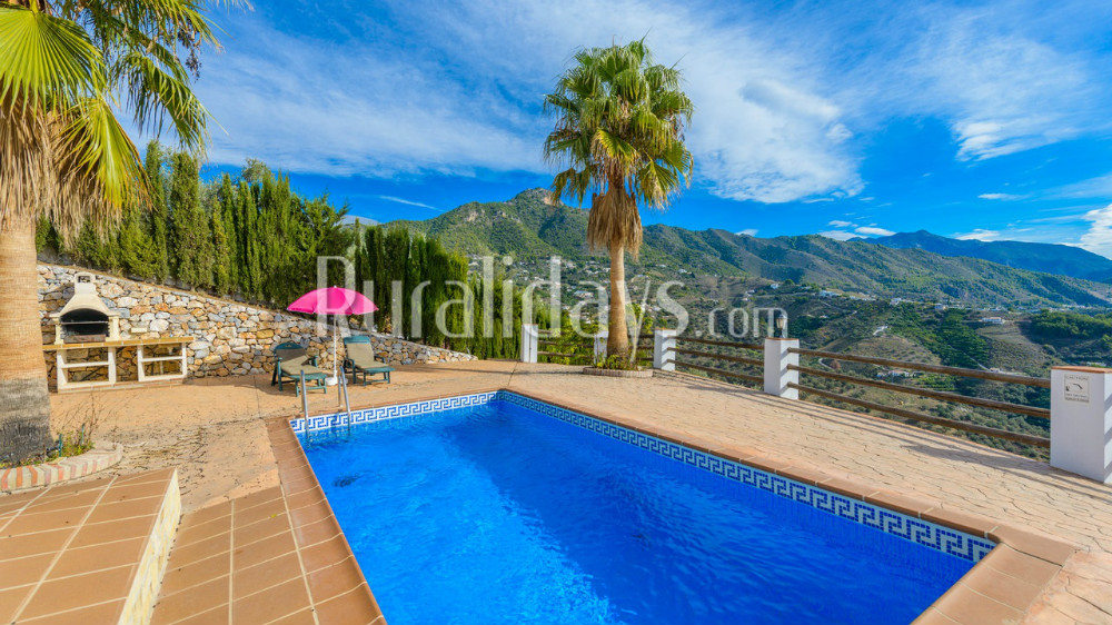 Rural villa with Andalusian charm