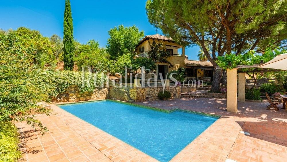 Elegante Villa mit atemberaubendem Außenbereich in Hornachuelos - COR0984