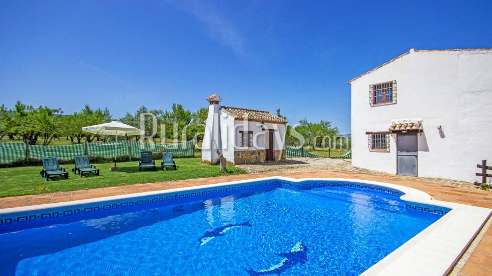 Enorme villa midden in de natuur in Ronda
