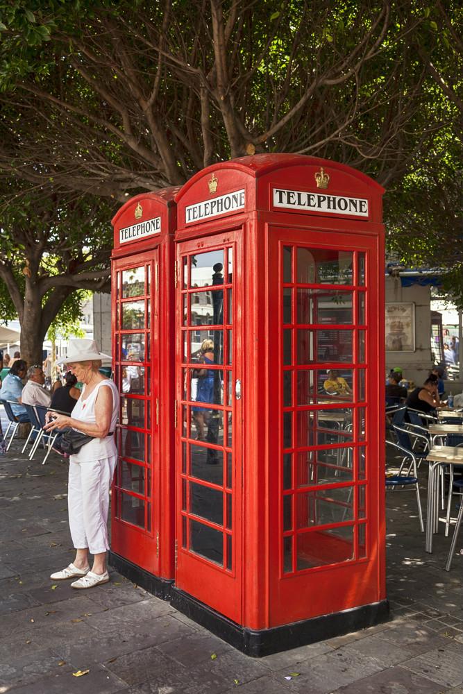 weltweit bekannten roten Telefonzelle in Gibraltar