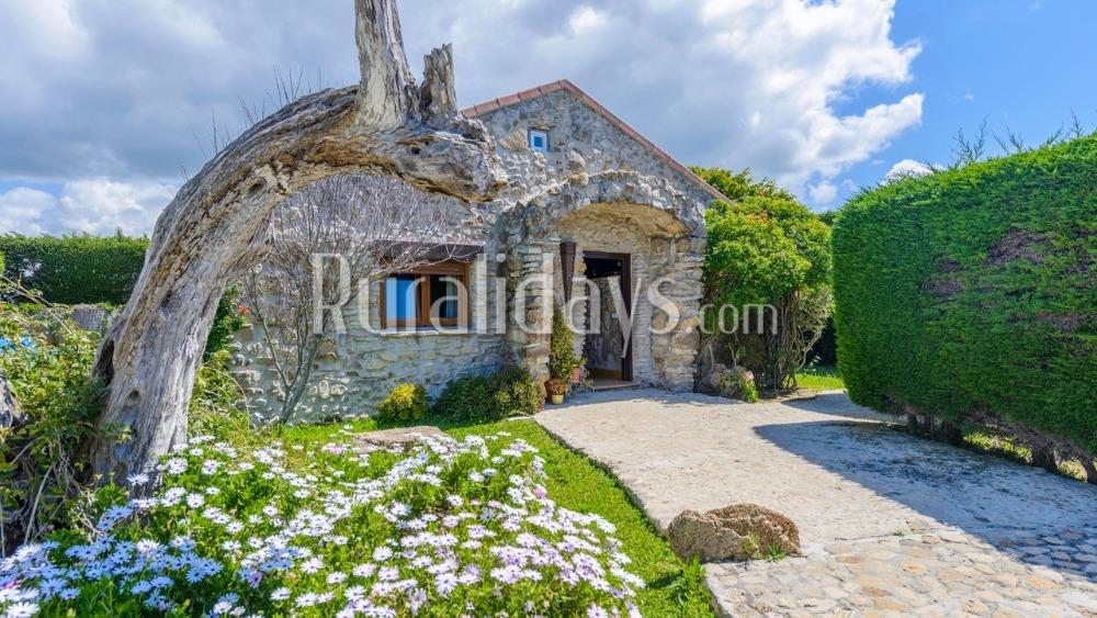 Villa aus Kalkstein mit charmanten Innenbereich in Vejer de la Frontera (Cadiz)