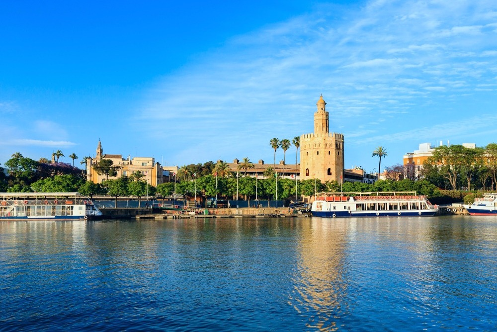 Torre del Oro in Seville - free things to see in Seville