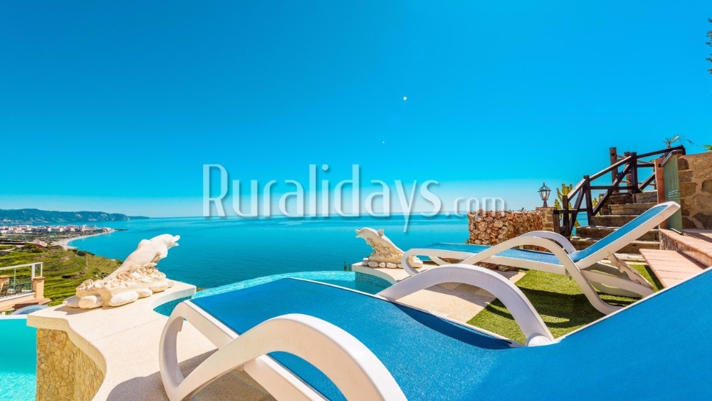 Stunning view-provided villa with infinity pool in Nerja