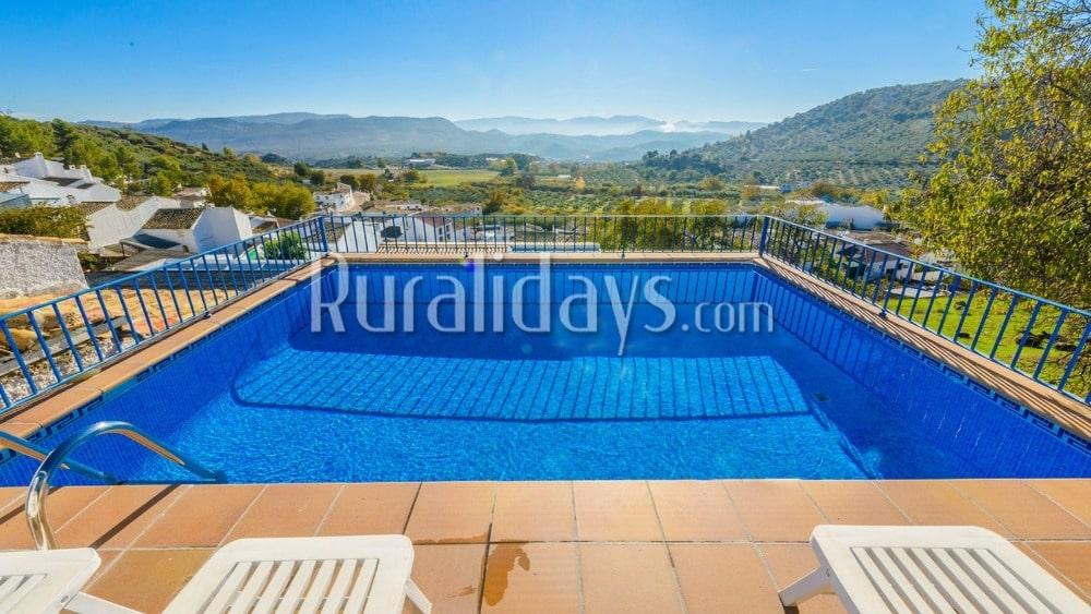 Heerlijk Andalusisch vakantiehuis met bergzicht in Priego de Córdoba - COR0951
