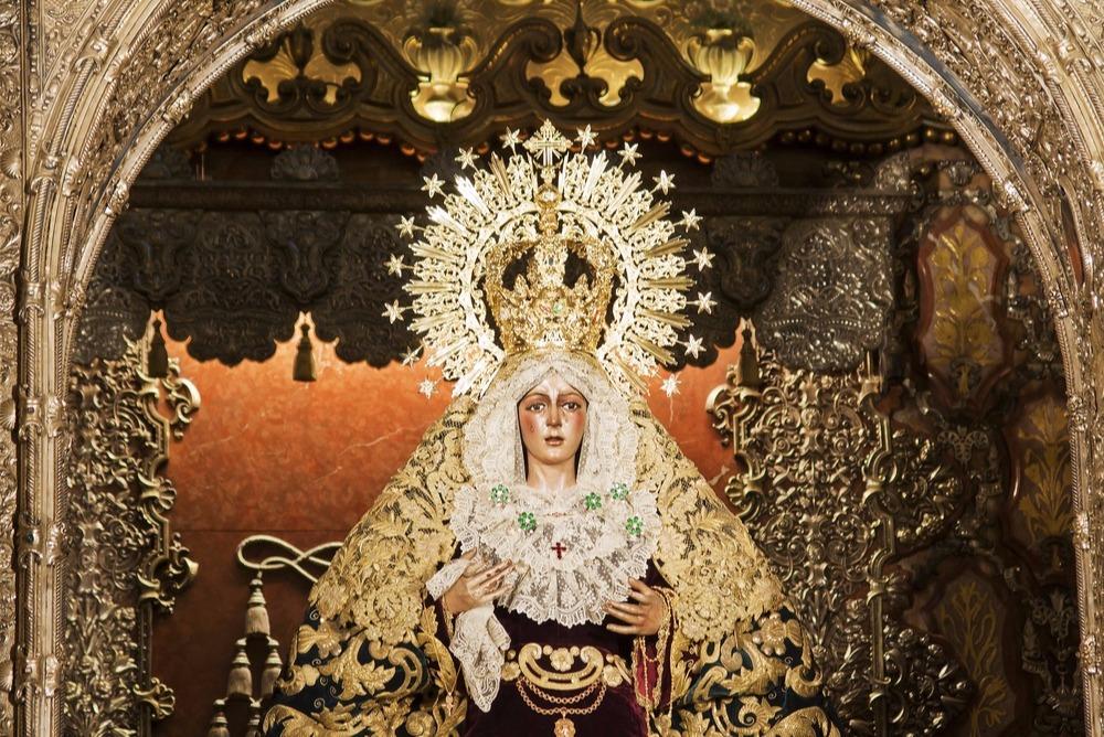 beelden van María Santísima de la Esperanza Macarena - sevilla gratis