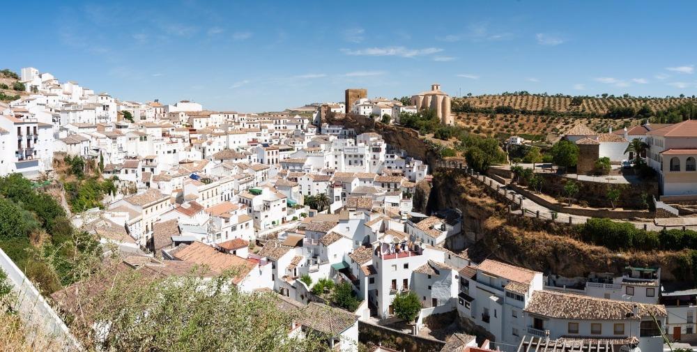 Ansichten von Setenil de las Bodegas