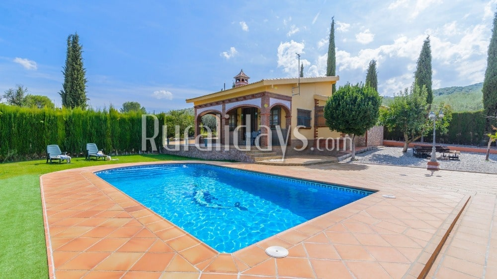 Charming rustic villa with three spacious bedrooms in El Salar - GRA2187