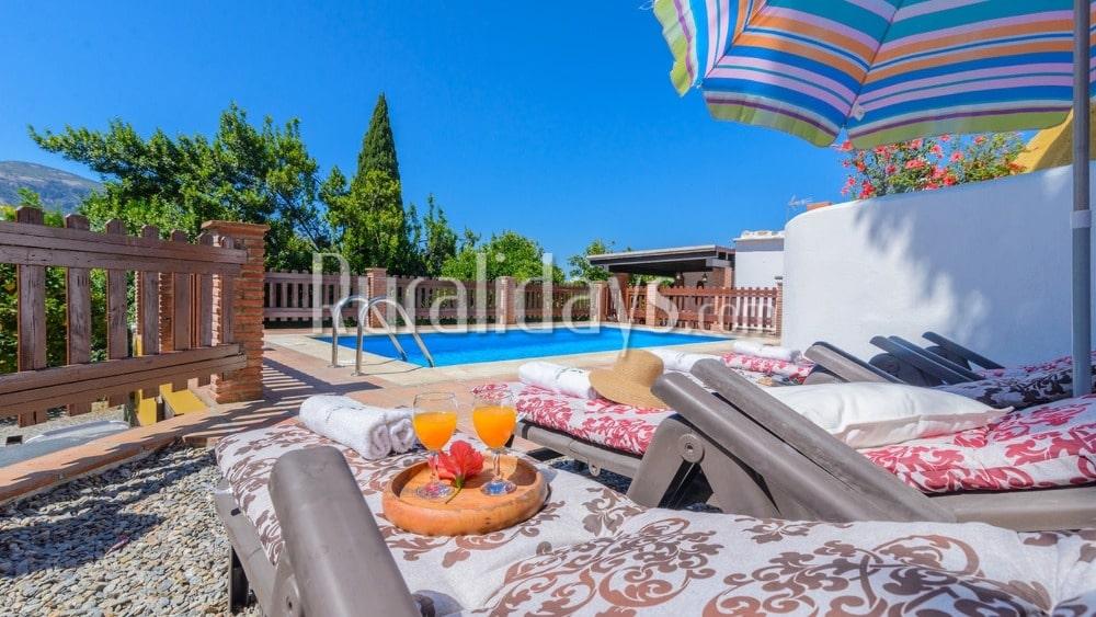 Preiswert Zwei-Zimmer Ferienhaus nahe der Sierra Nevada in Orgiva - GRA0549