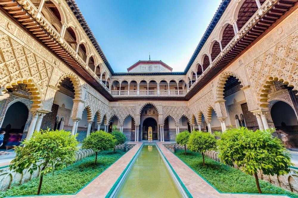 Der Patio de las Doncellas in der Real Alcazar in Sevilla - Sevilla Ciudad