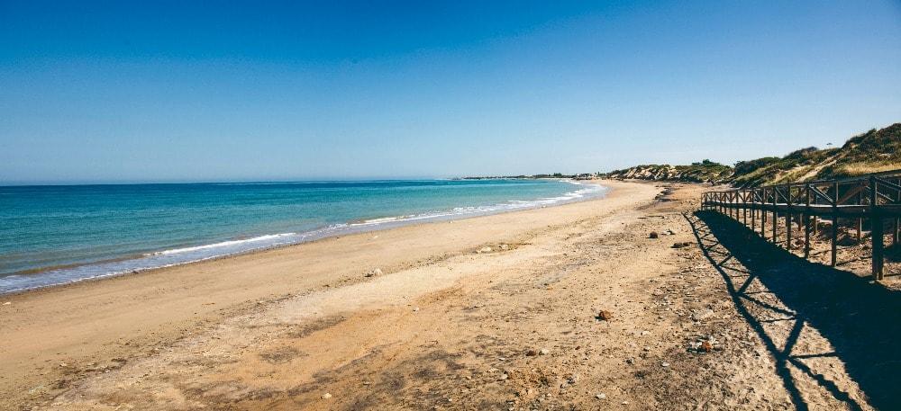 Naaktstrand van Punta Candor in Rote (Cadiz)