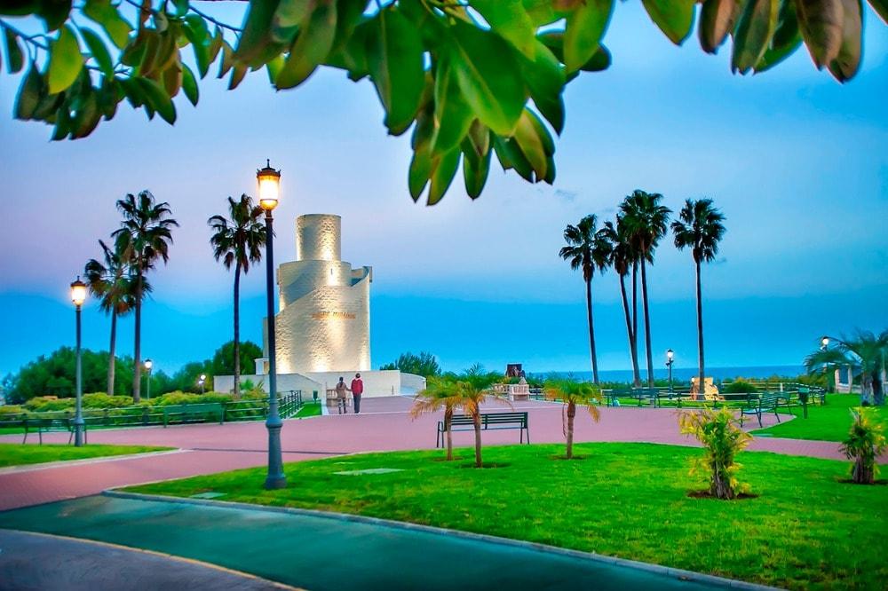 Relájate en el Parque de La Batería en Torremolinos (Málaga)